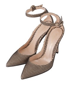 ジャンヴィト ロッシ(GIANVITO ROSSI)のGianvito Rossi Fishnet Ankle Strap SHOES / シューズ